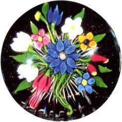 4.147 Floral bouquet—Saint Louis