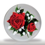"""Lot 105 Rick Ayotte 1992 """"American Beauty"""" red rose bouquet paperweight"""