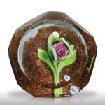 Lot 135 Ray Banford pink cabbage rose on green aventurine ground faceted miniature paperweight