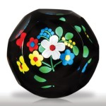 """Perthshire Paperweights 1999 """"Small Bouquet"""" of flowers faceted miniature"""