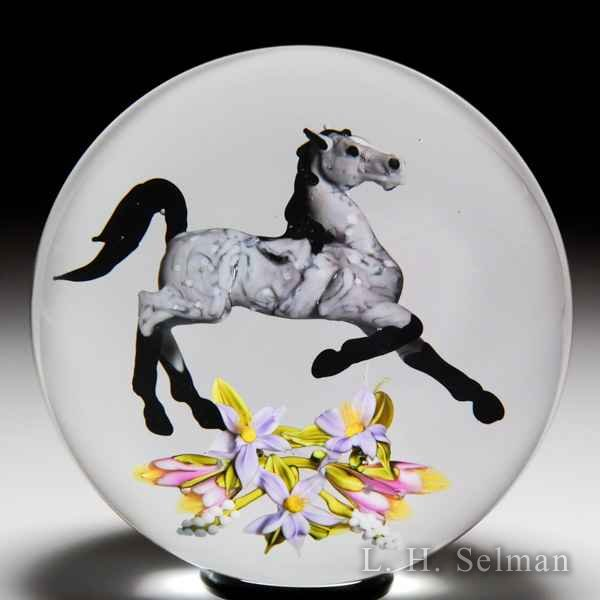 "Jim D'Onofrio 2007 ""Equine Bouquet"" Arabian horse and flowers glass paperweight. by Jim D'Onofrio"