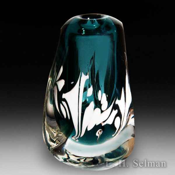 Labino Studio 1985 three-sided blue-gray vase/abstract design by Dominick Labino