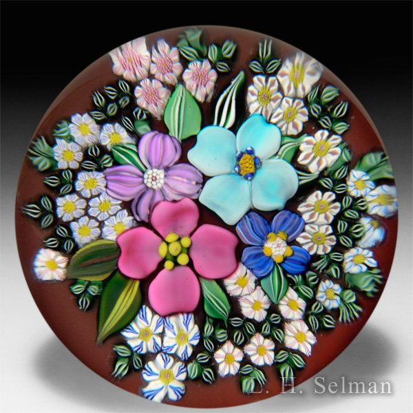 Drew Ebelhare & Sue Fox 2016 flower bouquet glass paperweight. by Drew Ebelhare & Sue Fox