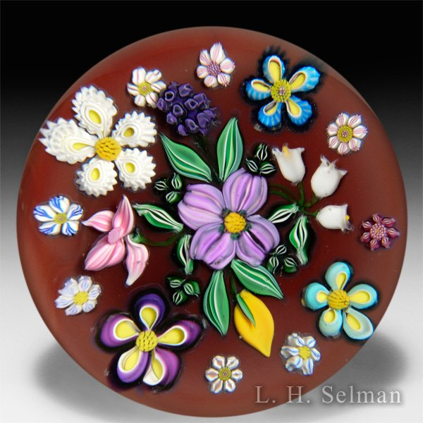 Drew Ebelhare & Sue Fox 2016 scattered flowers bouquet glass paperweight. by Drew Ebelhare & Sue Fox