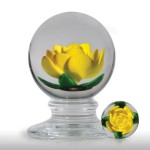 Lot 187 Charles Kaziun Junior yellow crimp rose pedestal paperweight