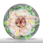 "Lot 266 Lundberg Studios 2005 ""Peace Rose"" paperweight, by Daniel Salazar"