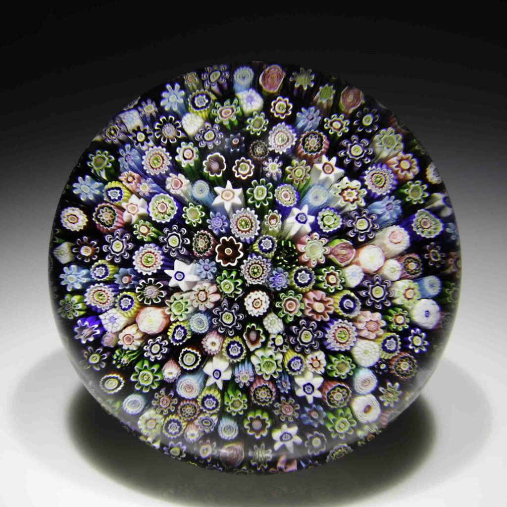 Art Institute of Chicago to sell 400 paperweights from its permanent collection