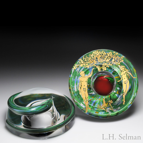 "Saint Louis 2003 ""Temptation"" Serpent And Apple Three-Section Paperweight"