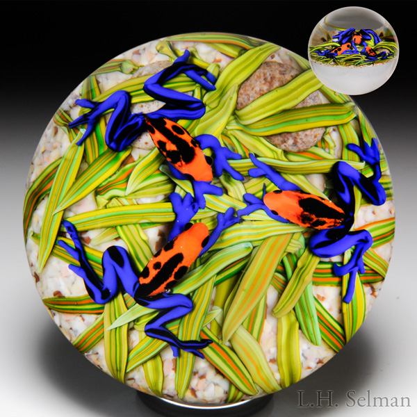 "Cathy Richardson 2015 ""Frog Gossip Group"" paperweight. Est. $700—900."