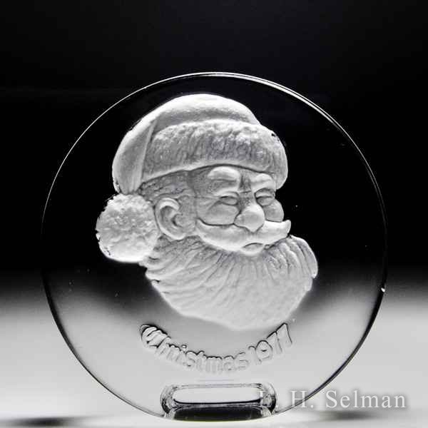 Italian 1977 Santa Claus Christmas engraved circular crystal plaque. by  Misc Modern