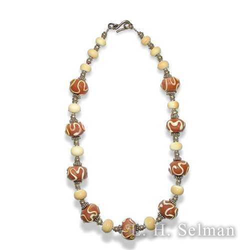 Ann Wasserman pink and caramel-colored glass bead necklace. by Ann Wasserman