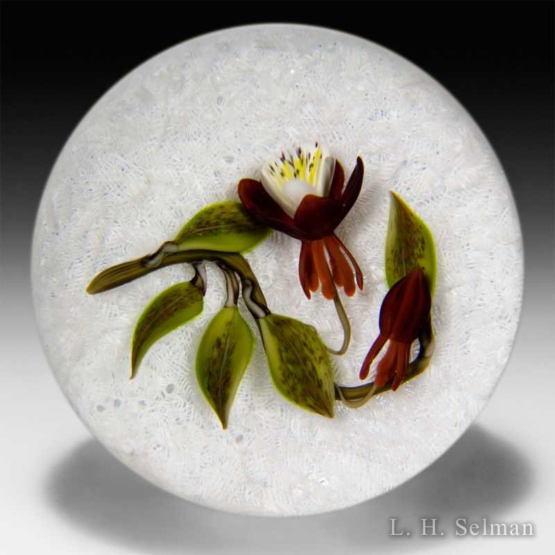 Victor Trabucco 2001 floral bouquet on white lace glass paperweight. by Victor Trabucco