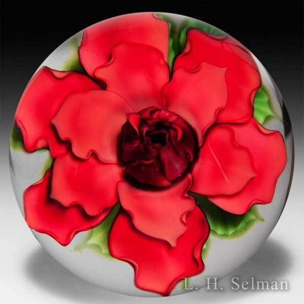 Lundberg Studios 1992 red rose glass paperweight, by Daniel Salazar. by Daniel Salazar