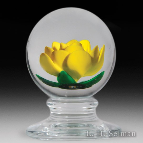 Charles Kaziun Junior yellow crimp rose pedestal glass paperweight. by Charles Kaziun Junior