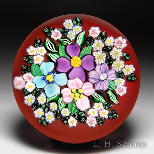 Drew Ebelhare & Sue Fox 2016 flower bouquet paperweight. by Drew Ebelhare