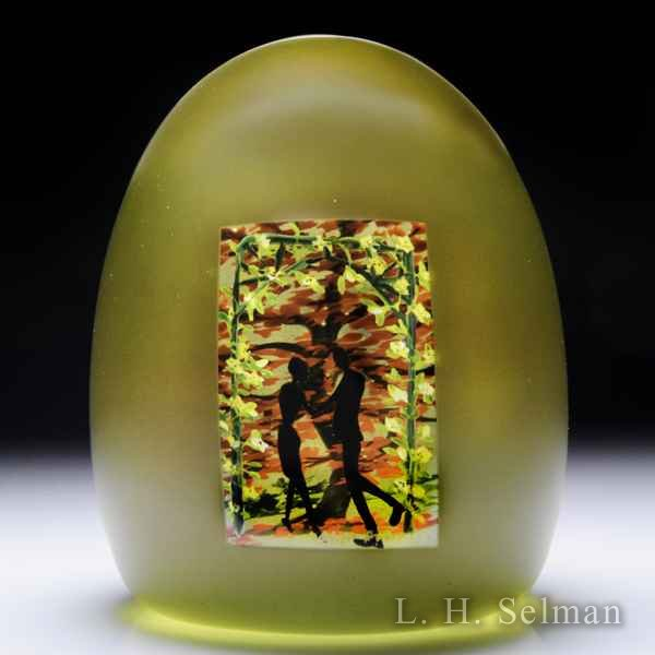 Alison Ruzsa 2016 'Autumn Arbor' couple's silhouette glass paperweight. by Alison Ruzsa