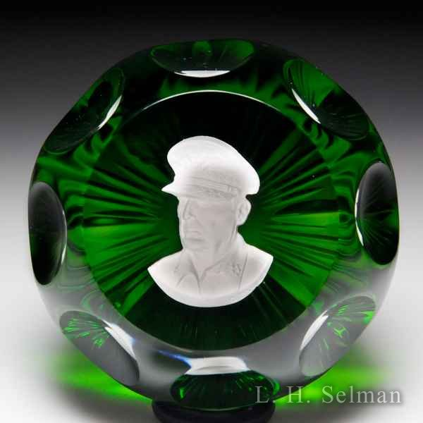 D'Albret 1968 General Douglas MacArthur sulphide faceted glass paperweight. by  D'Albret
