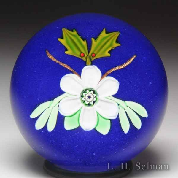 Peter McDougall (2005) Bergstrom Mahler Museum Christmas flower, mistletoe and holly miniature glass paperweight. by Peter McDougall