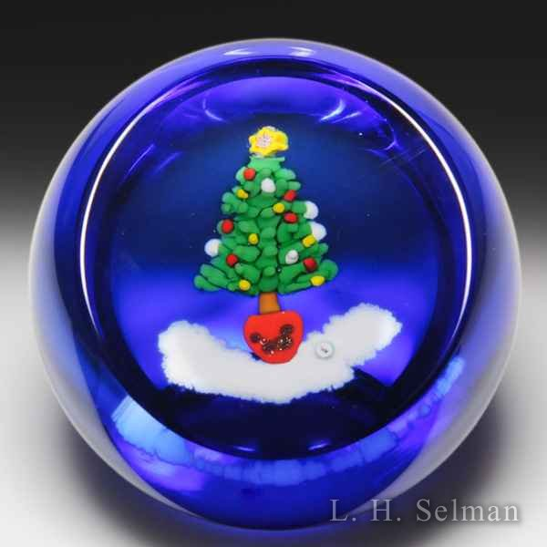 Caithness Glass 1997 'Santa's Tree' faceted paperweight, by William Manson. by Caithness  Glass Inc