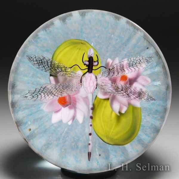 Gordon Smith (2017) dragonfly over water lilies paperweight. by Gordon Smith