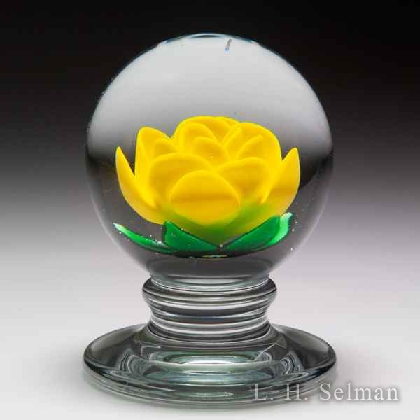 Charles Kaziun Junior yellow crimp rose pedestal paperweight. by Charles Kaziun Junior