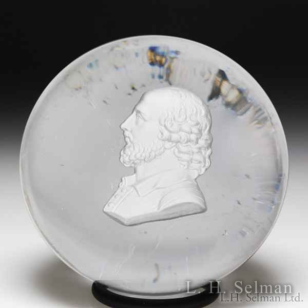 Antique Apsley Pellatt William Shakespeare sulphide glass paperweight. by  English Antique
