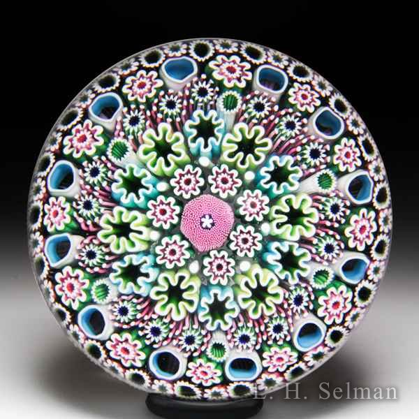 Damon MacNaught 2018 close concentric millefiori with moss cane glass paperweight. by Damon MacNaught