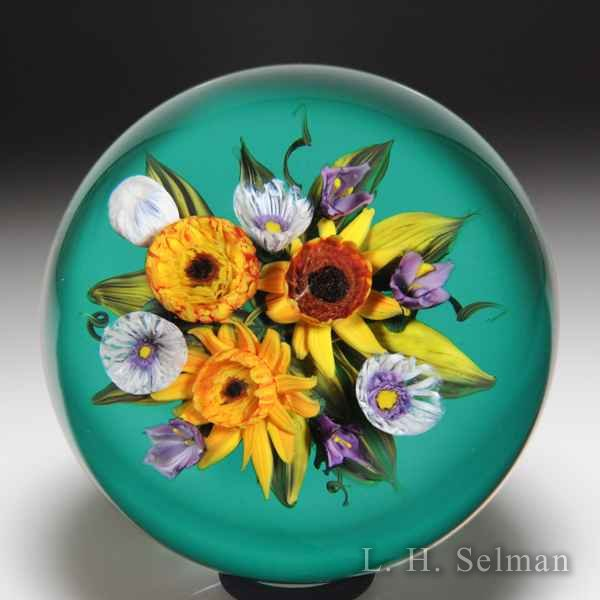 Melissa Ayotte 2018 'Sunflower Bouquet' glass paperweight. by Melissa Ayotte