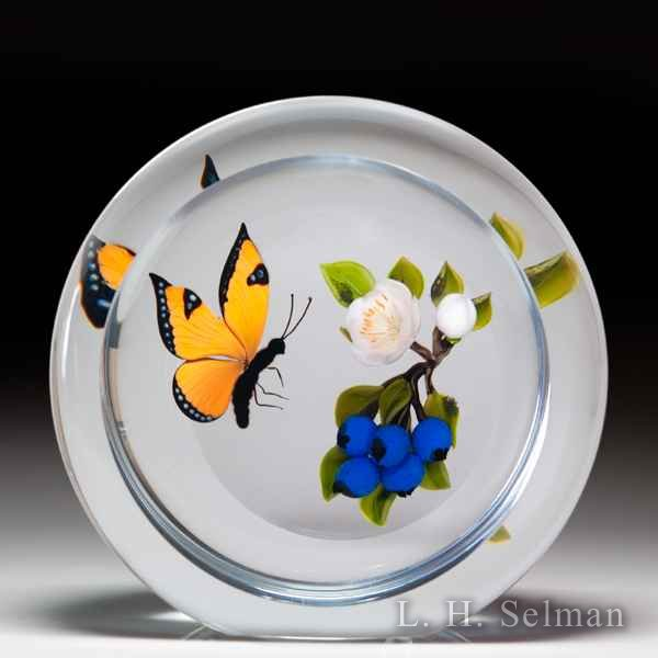 Victor Trabucco 1996 monarch butterfly and blueberries upright magnum faceted glass paperweight. by Victor Trabucco