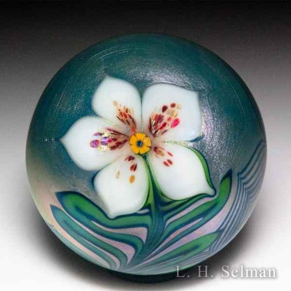 Orient & Flume 1977 white flower and pulled-feather surface design paperweight. by Orient & Flume