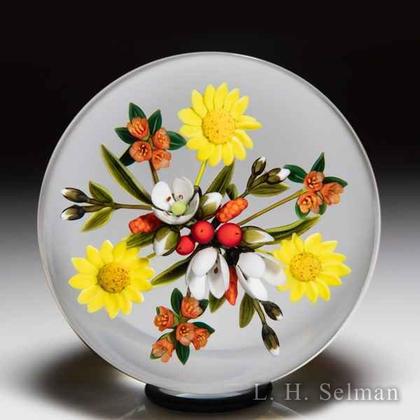 Andrew Byers 2004 red berries and floral bouquet glass paperweight. by Andrew Byers