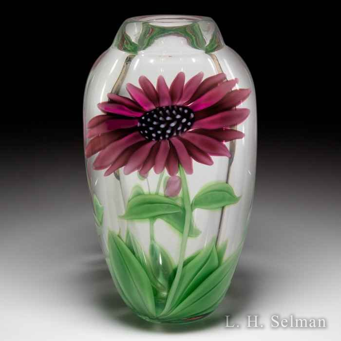 Orient & Flume (1990) 'Pink Daisies' vase, by Scott Beyers. by  Orient & Flume