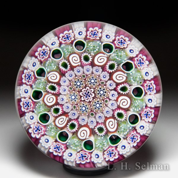 Damon MacNaught 2020 close concentric pink and green millefiori paperweight. by Damon MacNaught